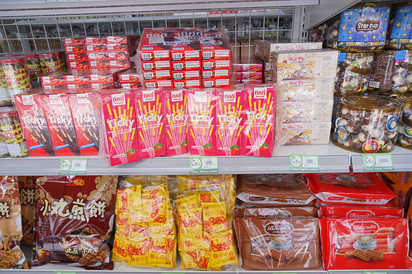 DSC08987 - 熱血採訪│唐采五權西路店新開幕,超多古早味零食批發在這啦